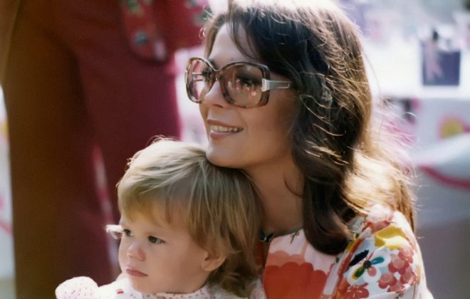 """This photo of Natalie Wood and her daughter Courtney Wagner in 1975  is featured in """"Natalie Wood: What Remains Behind."""" (HBO/TNS)"""