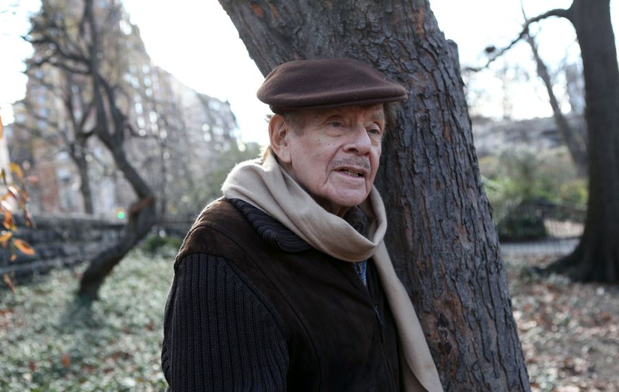 Jerry Stiller in Riverside Park in New York on Dec. 23, 2011. (Suzanne DeChillo/The New York Times)