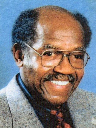 Robert Coles died on Saturday at the age of 90.