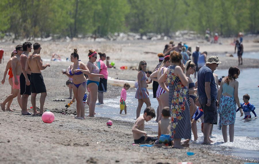 The crowd at Woodlawn Beach State Park on a beautiful Memorial Day, one day before the temperature reached 92 to set a record for the date. (Derek Gee/Buffalo News)