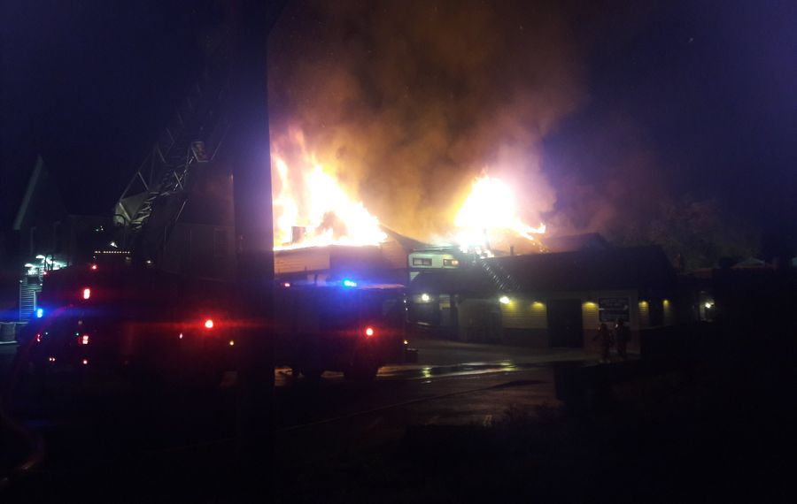 Fire heavily damaged the Brickyard Pub and BBQ in Lewiston at around 11 p.m. Tuesday, May 26, 2020. (Photo by Mike McAndrew/Buffalo News)