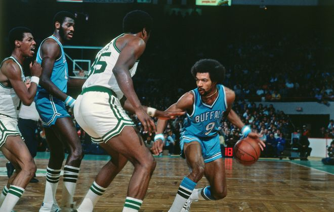 Randy Smith was one of the mainstays of the 1973-74 Buffalo Braves team that made the playoffs for the first time. (Getty Images)