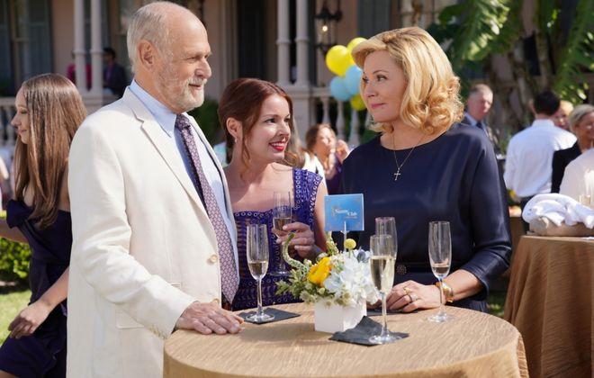 "From left, Gerald McRaney, Aubrey Dollar and Kim Cattrall in ""Filthy Rich."" (Alan Markfield/FOX)"