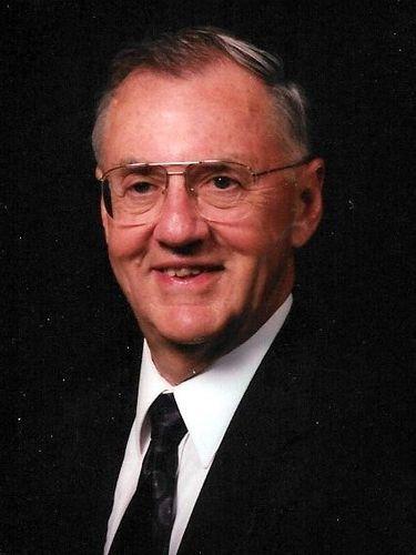 Fraser M. 'Mitch' Mooney, 91, hospital administrator was longtime volunteer firefighter