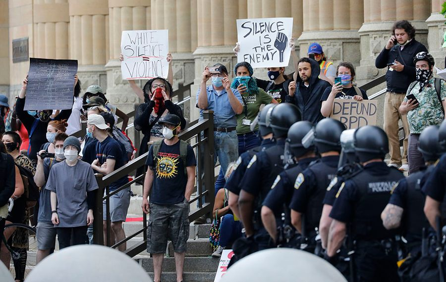 Common Council members are demanding answers on how police are trained to handle protests. (Derek Gee/News file photo)