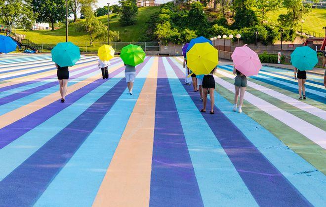 Art of Walking will take guests on a socially distanced walk through Artpark. (Photo by Jordan Oscar for Artpark)