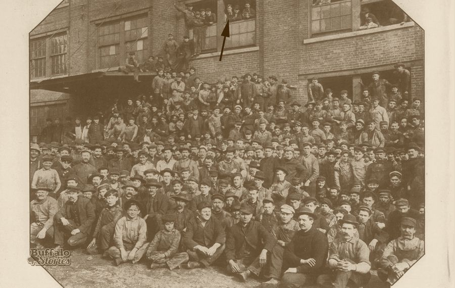 Buffalo Forge plant photo, 1905. The arrow points to a man strongly resembling Willis Carrier.