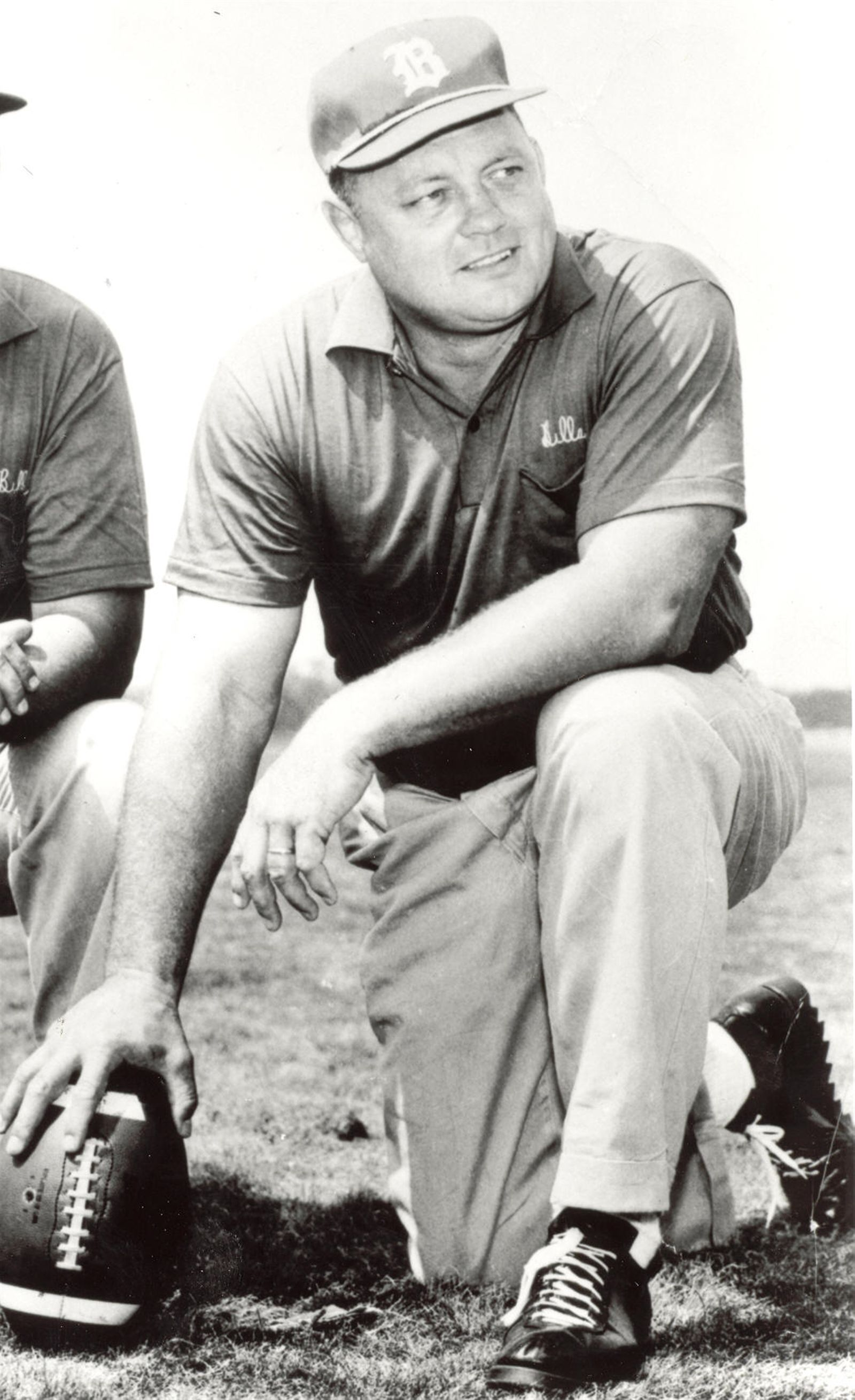 Buster Ramsey. Years: 1960-61. Record: 11-16-1. Ramsey was the first coach Ralph Wilson hired to lead his Bills. Ramsey was a top player with the Chicago Cardinals, being named to the NFLu2019s All-Decade Team for the 1940s, but had less success as a coach, lasting only two seasons. Ramsey, however, is credited with being instrumental in the creation of the 4-3 defense and the linebacker blitz. He is also credited with designing the Billsu2019 original uniforms.