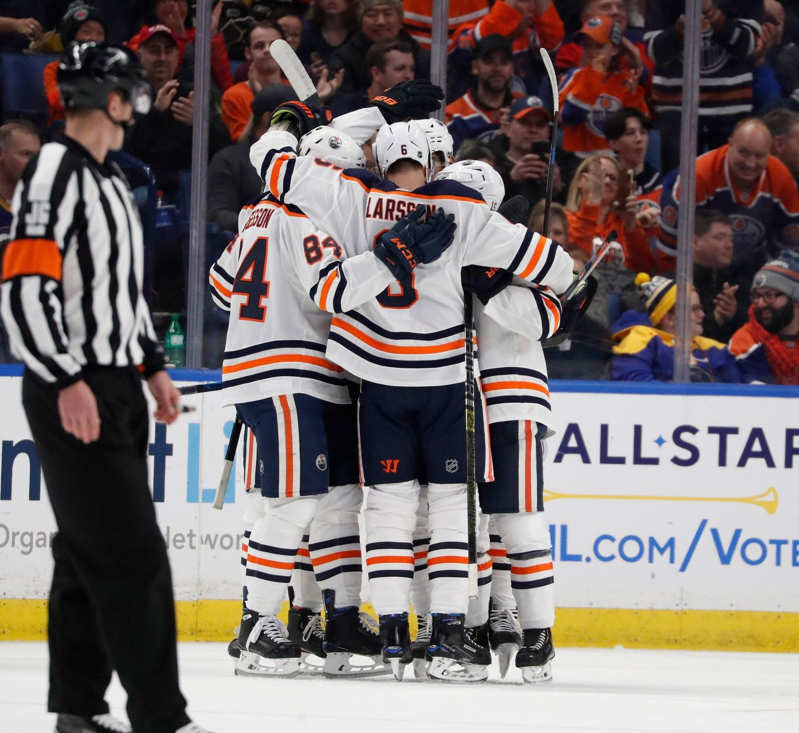 Edmonton Oilers celebrate their second goal in the first period.